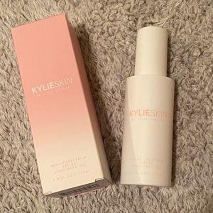 Kylie Skin SPF 30 oil
